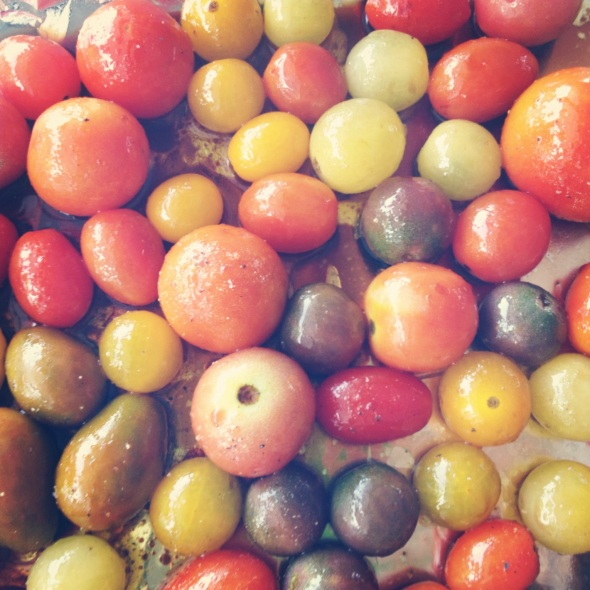 heirloom cherry tomatoes tossed with olive oil & balsamic vinegar