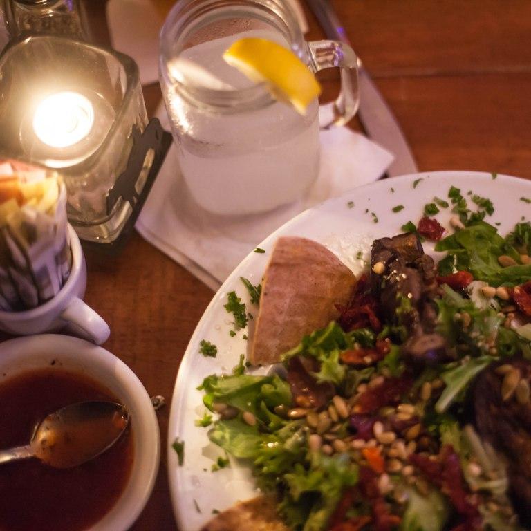 signature salad (86 mushrooms & tofu)